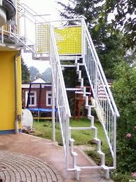 balkon mit treppe treppen metallbau paschke