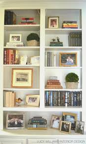 Interior Designer Blog by Best 25 Decorate Bookshelves Ideas On Pinterest Book Shelf