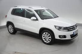 volkswagen tiguan white used 2015 volkswagen tiguan 2 0 tdi bluemotion tech match 150 5dr