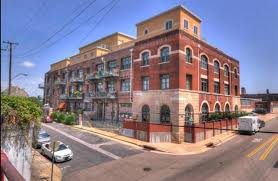 downtown memphis luxury condos for sale