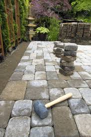 laying garden cement pavers patio for backyard hardscape