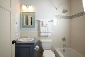 Minimalist Bathtub Interior Design Ideas Minimalist Bathroom For Good Healthy