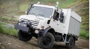 Unimog demonstra capacidade off- road na Islândia – Memória Motor
