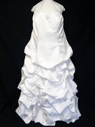 Wedding Dress Cleaning And Preservation Best Cleaners Certified Gown Cleaning Preservation