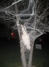 Cheap Outdoor Halloween Decorations To Make by Best 25 Halloween Spider Decorations Ideas On Pinterest