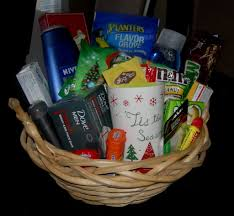 christmas gift baskets family inexpensive gift idea gift basket i created for 10