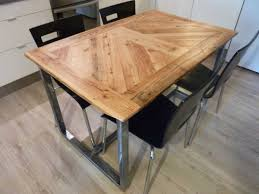cuisine bois acier table de cuisine bois et alu idée de modèle de cuisine
