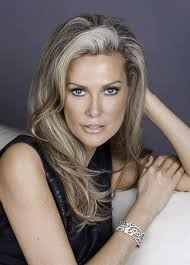 pics of women with blonde hair with lowlights best 25 gray highlights ideas on pinterest silver highlights