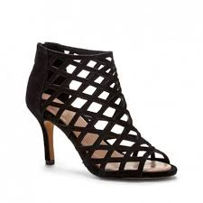 absolutely obsessed with these solesociety caged peep toe heels