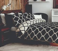 darius single duvet cover set in black u0026 mushroom by belledorm ebay