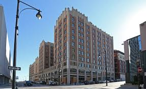 Kansas City Power And Light Building The Downtown Loop Apartments Kansas City Apartment Finder