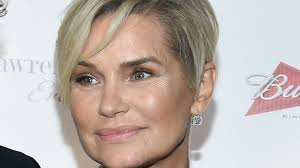yolanda foster hair exclusive yolanda hadid says her health is 90 percent there