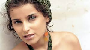 nelly earrings wallpaper 1920x1080 nelly furtado lipstick cap