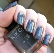 nail of the day kiko 381 purple grey pointless cafe