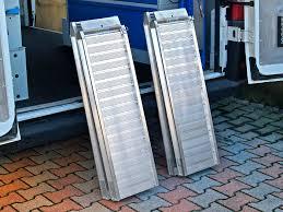 pedana di carico re di carico e pedane per furgoni