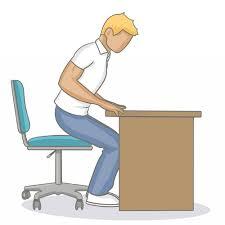 position au bureau adopter une bonne position assise au bureau mal de dos