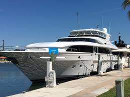 reel deal yachts the yachting capital of the world 2000