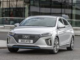 hyundai ioniq uk 2017 pictures information u0026 specs