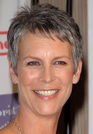 how to get the jamie lee curtis haircut jamie lee curtis so awesome i couldn t deceide if true lies or