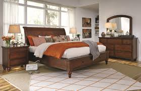Queen Size Bed With Storage Queen Size Bed With Sleigh Headboard U0026 Drawer Storage Footboard By