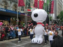 Outdoor Christmas Decorations Melbourne by 57 Best Peanuts On Parade Images On Pinterest Charlie Brown