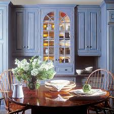beautiful american colonial style kitchen come with blue color