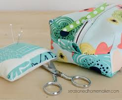 How To Make A Cushion With Zip Things To Make With Fat Quarters