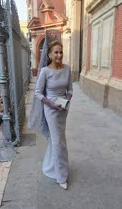 fotos vestidos de madrinas novia madrina mantilla gris bodas pinterest manta gris y boda