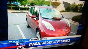 nissan leaf key fob battery nissan leaf gets vandalized