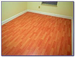 Cherry Laminate Flooring Project Source Laminate Flooring Williamsburg Cherry Flooring
