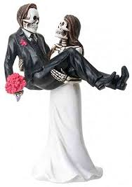 skull cake topper day of the dead skulls holding groom wedding cake topper