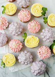 Easy Icing Flowers - flower cupcakes roses zinnias and hydrangeas baked bree