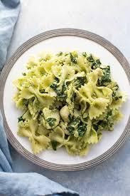 chicken florentine pesto pasta recipe simplyrecipes com