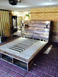 Diy Platform Bed With Headboard by Diy Pallet Bed With Headboard And Lights