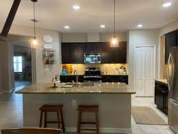 what color cabinets go with venetian gold granite sherwin williams white white and venetian gold granite