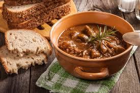 cuisine polonaise traditionnelle goulash polonais une recette de plat facile