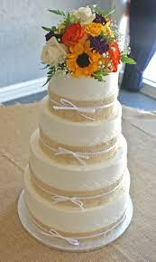 22 best wedding cakes images on pinterest burlap cake country