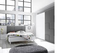 chambre laqué blanc chambre complète design laqué blanc et gris hcommehome