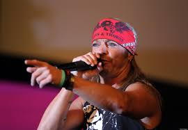 bret michaels u0027lack of sleep u0027 is worst thing for singing voice