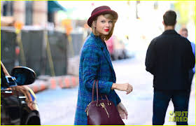 thanksgiving 2014 parade taylor swift will perform on the cbs thanksgiving day parade