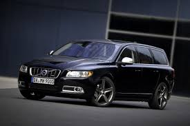 volvo v6 heico volvo v70 t6 r design hauls more than kids but carries