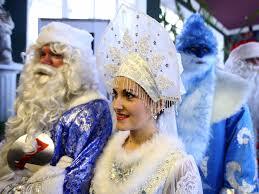 photos show how celebrate the holidays around the world