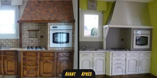 peindre sa cuisine en cuisine bois massif decoration moderne relooking chene repeindre en
