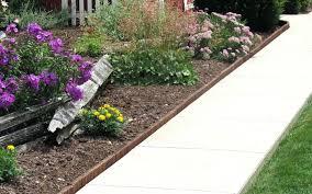 Timber Garden Edging Ideas Wooden Garden Borders Design Of Landscaping Borders Ideas Garden