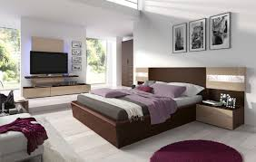 Queen Bedroom Set With Desk Contemporary Modern Bedroom Furniture Queen Bed Between Twin