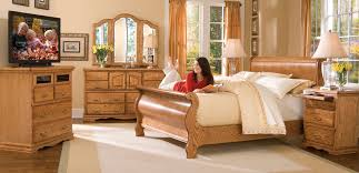 Sleigh Bedroom Furniture The Modern Classic Sleigh Bed Is Still Popular Furniture