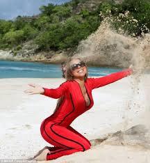 Mariah Carey Bikini Photos At A Shoot in Malibu   POPSUGAR Celebrity StrangePersons com