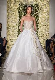 reem acra i u0027m awesome wedding dress the knot
