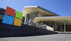 microsoft siege how microsoft rethought its approach to email pcworld