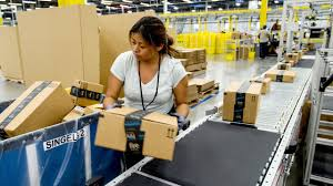 amazon black friday cnn money amazon just stepped up its parental benefits nov 2 2015